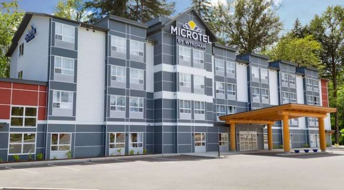 Microtel Special for Light Up!